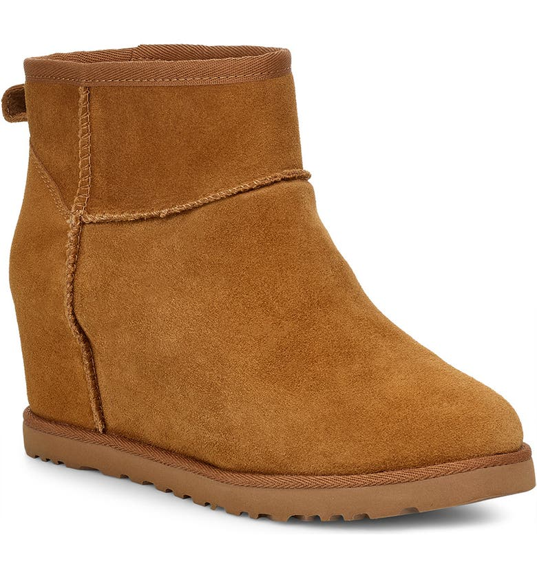 UGG<SUP>®</SUP> Classic Femme Mini Wedge Bootie, Main, color, CHE SUEDE