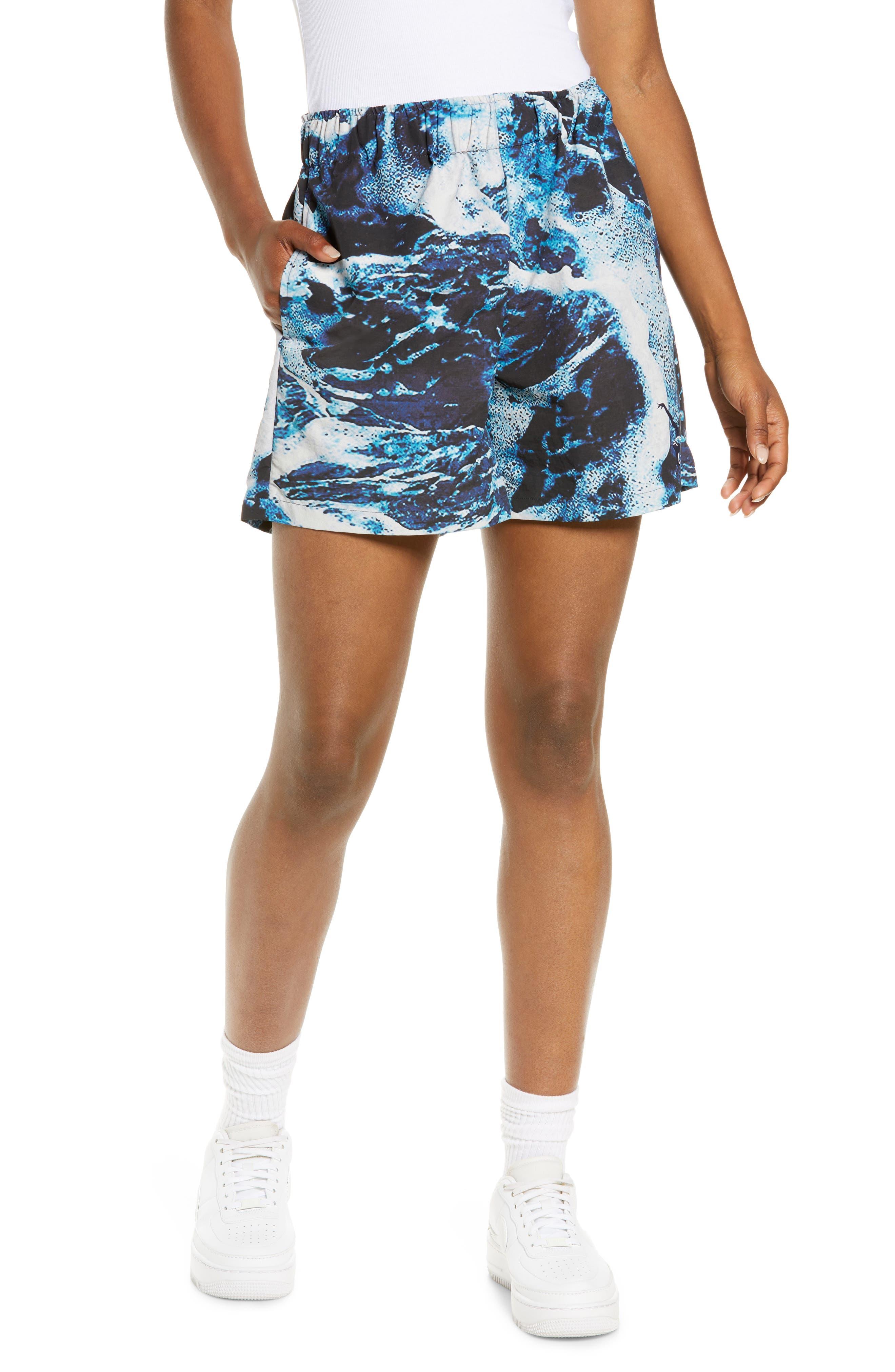 Wave Print Shorts