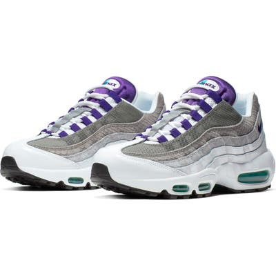 Nike Air Max 95 Lv8 Sneaker / 7 Men