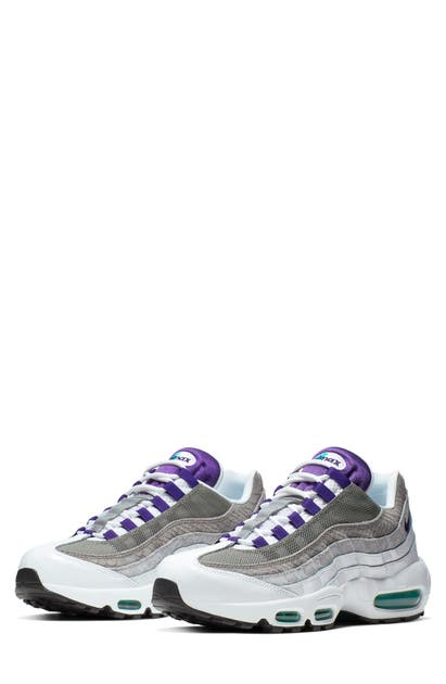 big sale 8dcbb 9542f Air Max 95 Lv8 Sneaker in White/ Court Purple/ Green