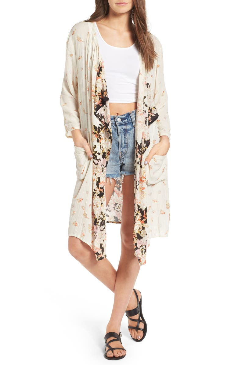 BAND OF GYPSIES Poinsettia Floral Kimono, Main, color, 900