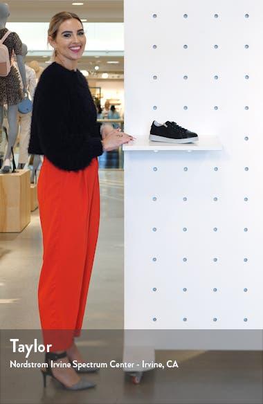 Elisa Sneaker, sales video thumbnail