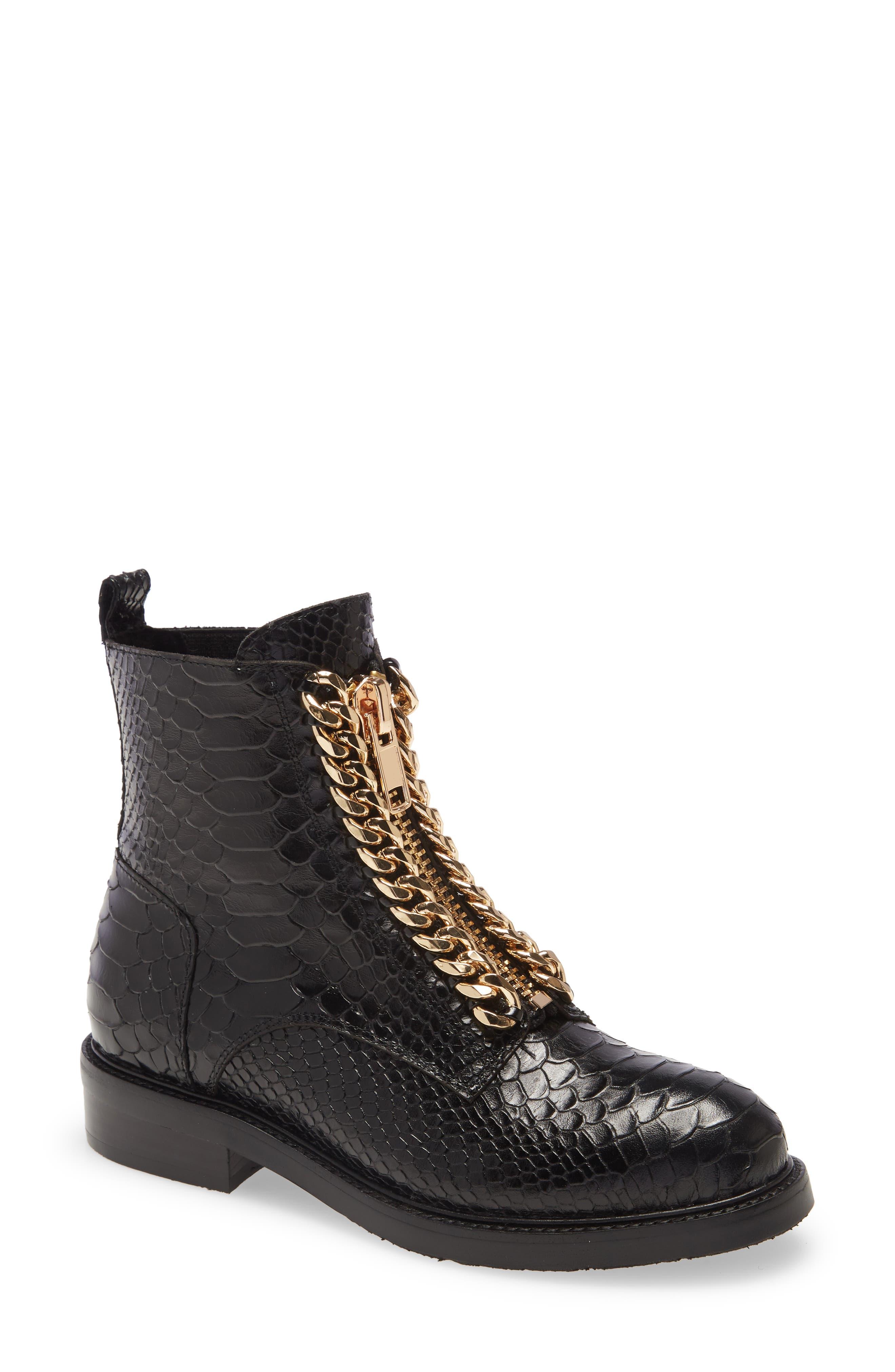 Damon Chain Boot