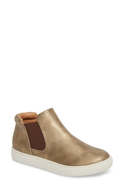 Image of Matisse Harlan Mid Slip-On Sneaker