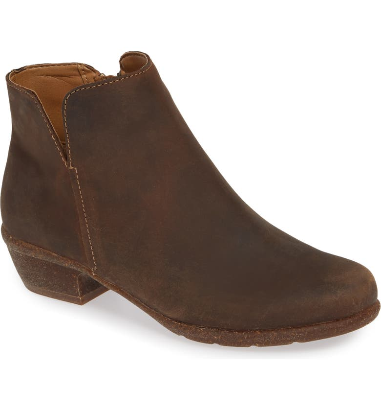 CLARKS<SUP>®</SUP> Wilrose Frost Bootie, Main, color, TAN OILED LEATHER