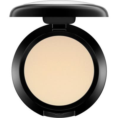 MAC Cream Color Base -