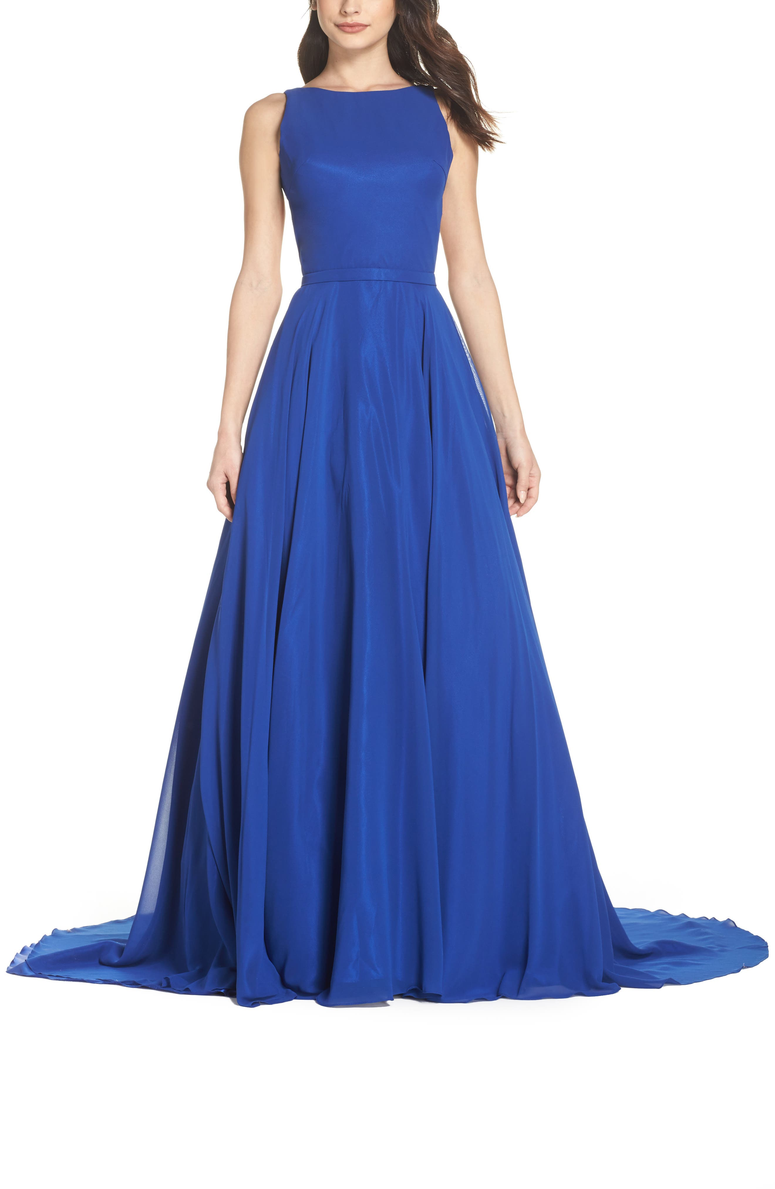 Image of IEENA FOR MAC DUGGAL High Neck Sleeveless Gown