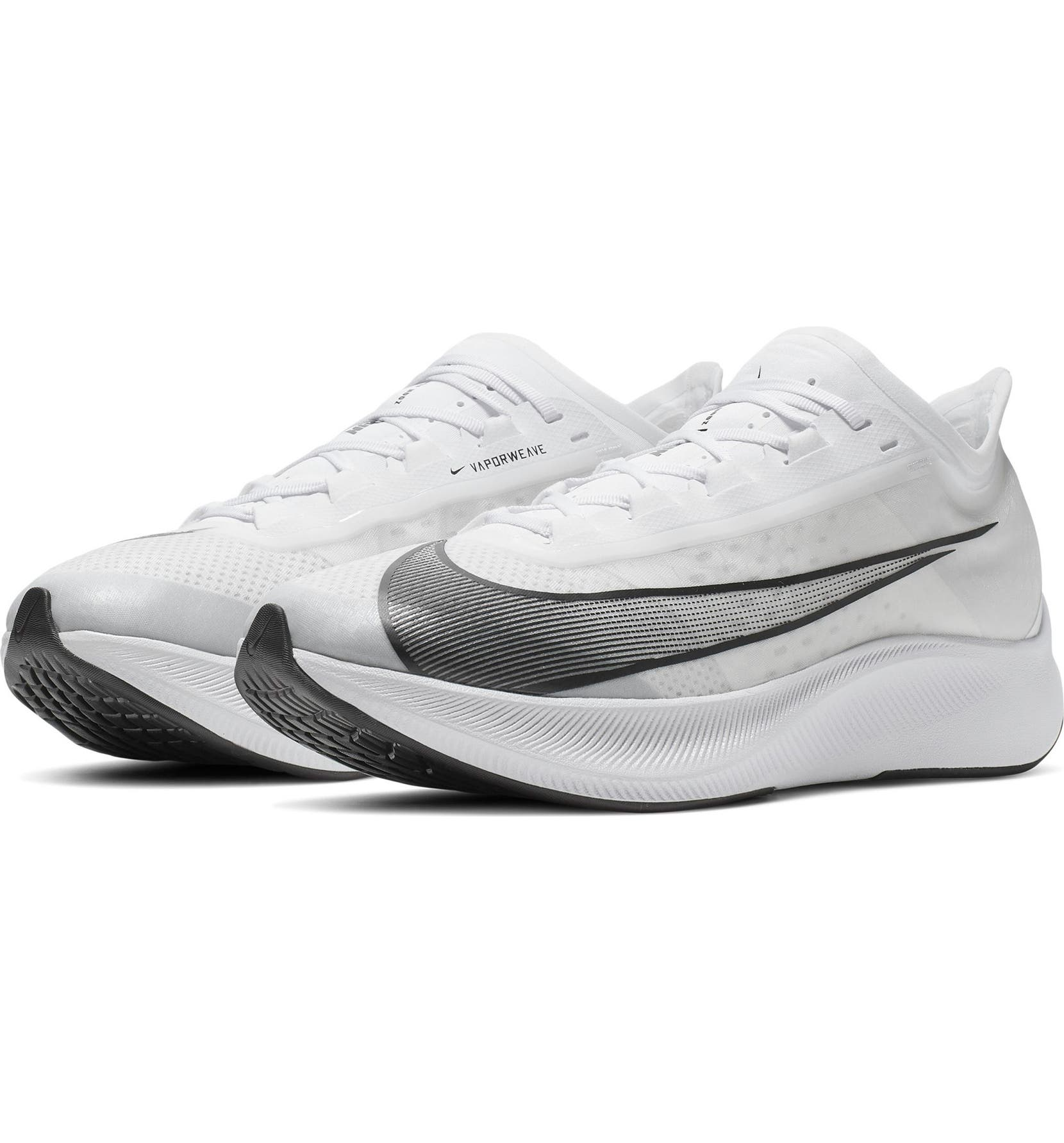 Zoom Fly 3 Running Shoe