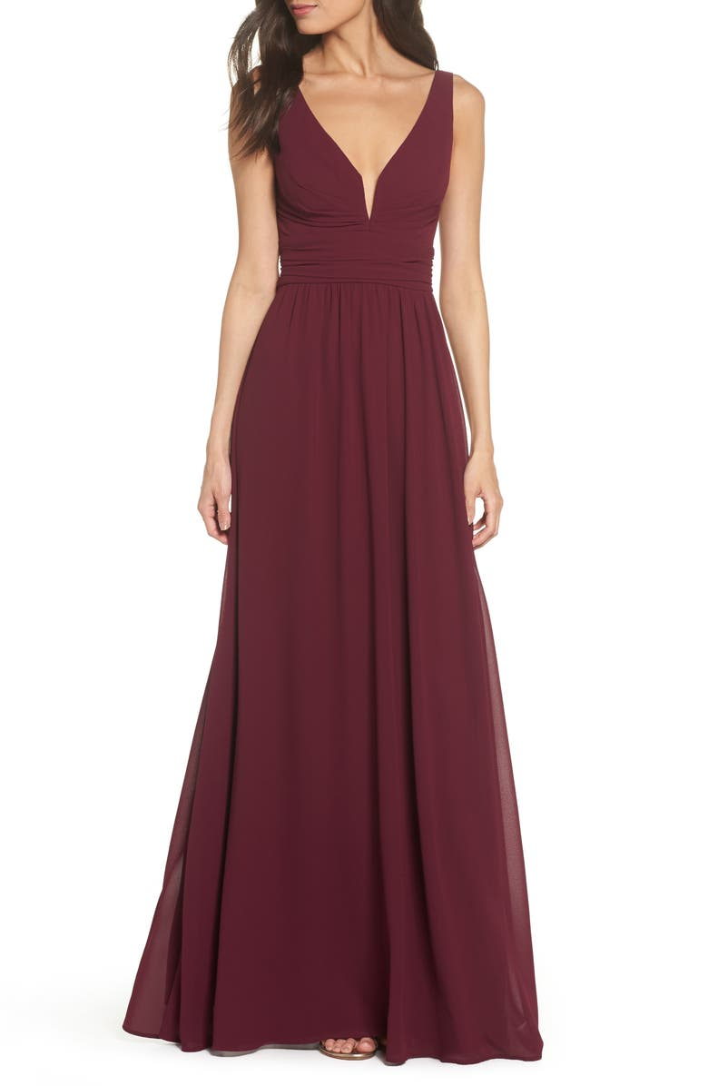 LULUS V-Neck Chiffon Gown, Main, color, BURGUNDY