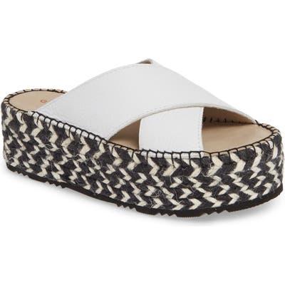 Chocolat Blu Niza Crisscross Platform Slide Sandal, White