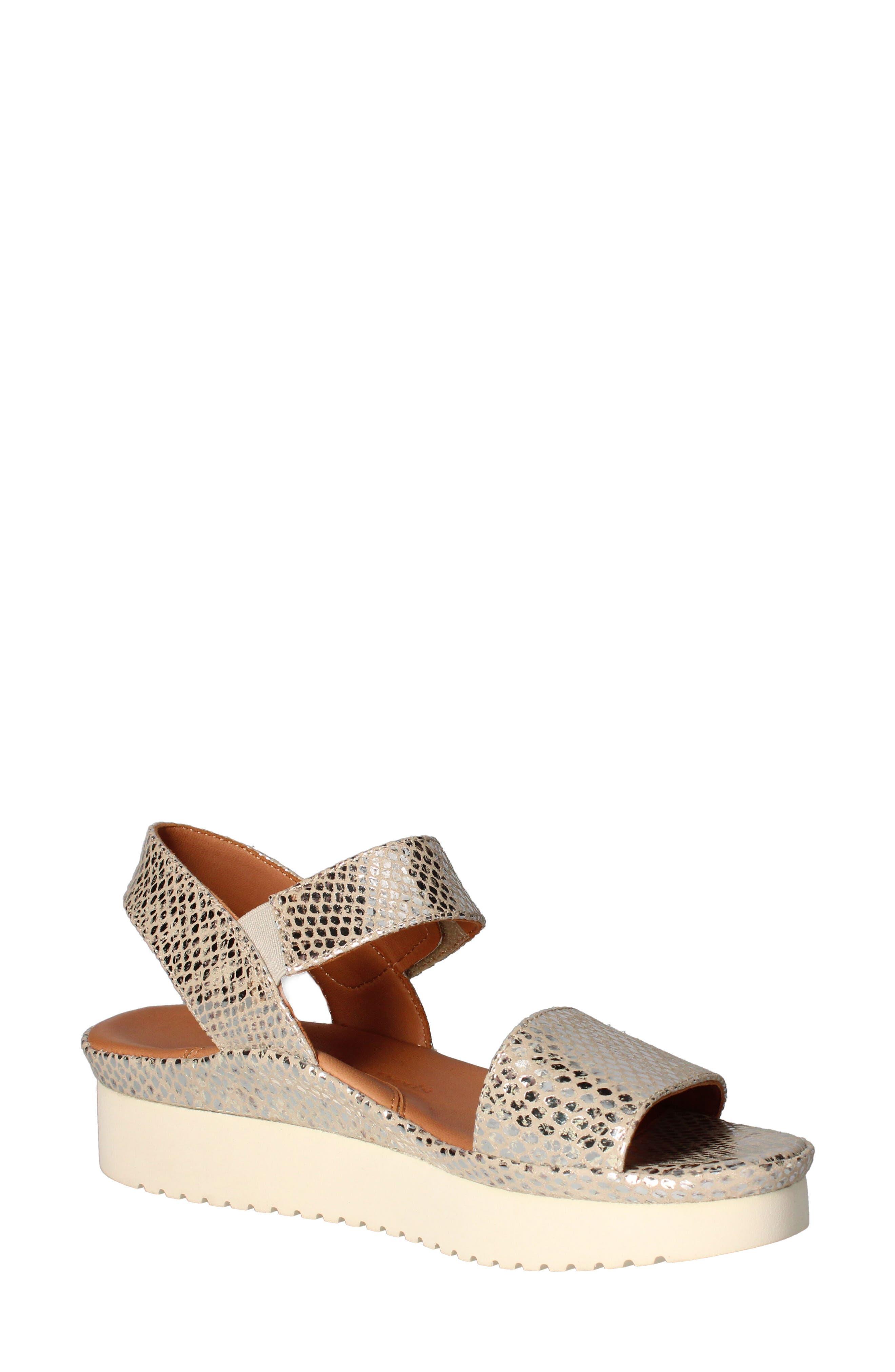 Abrilla Platform Sandal