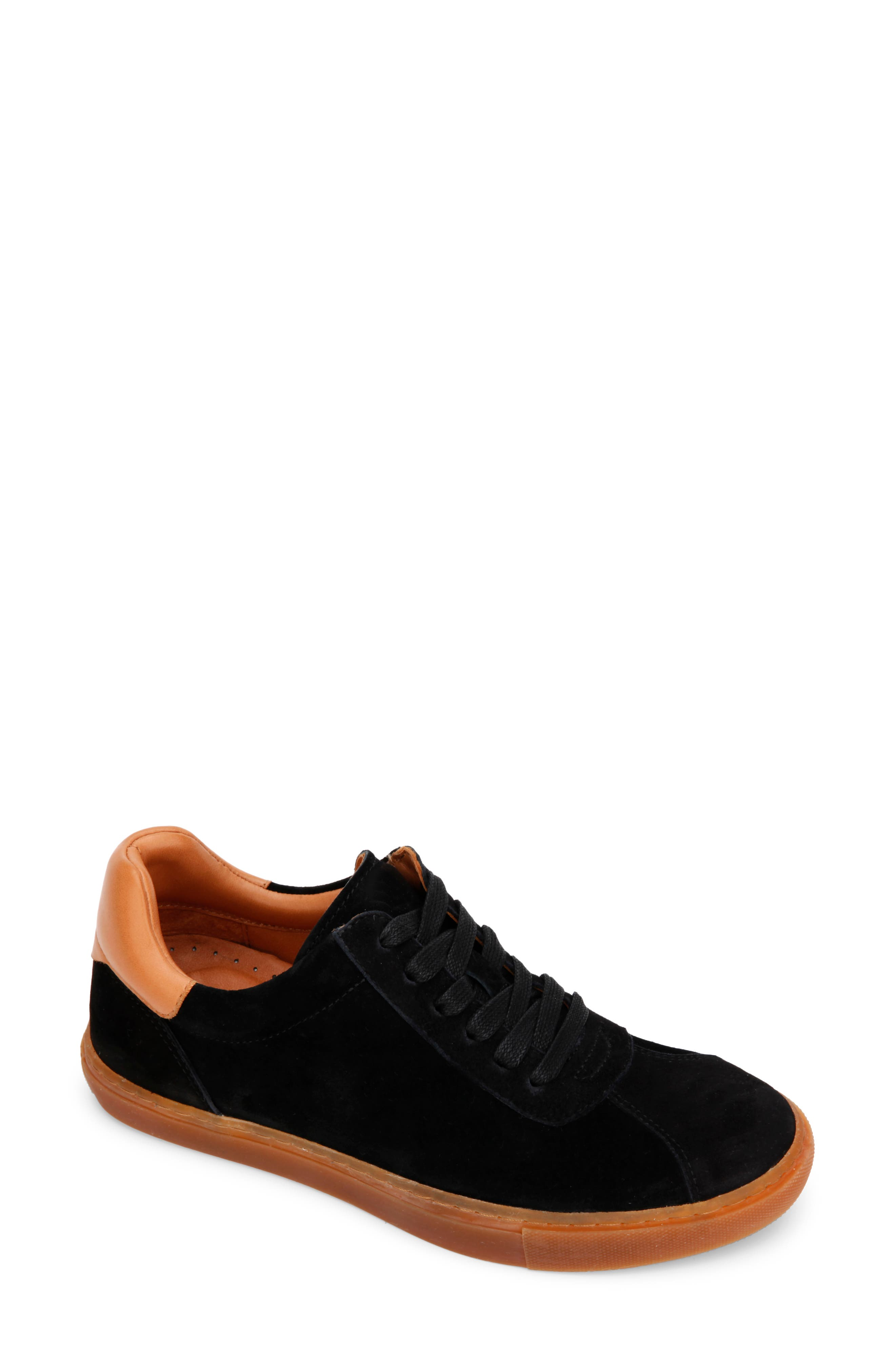 Nyle Sneaker