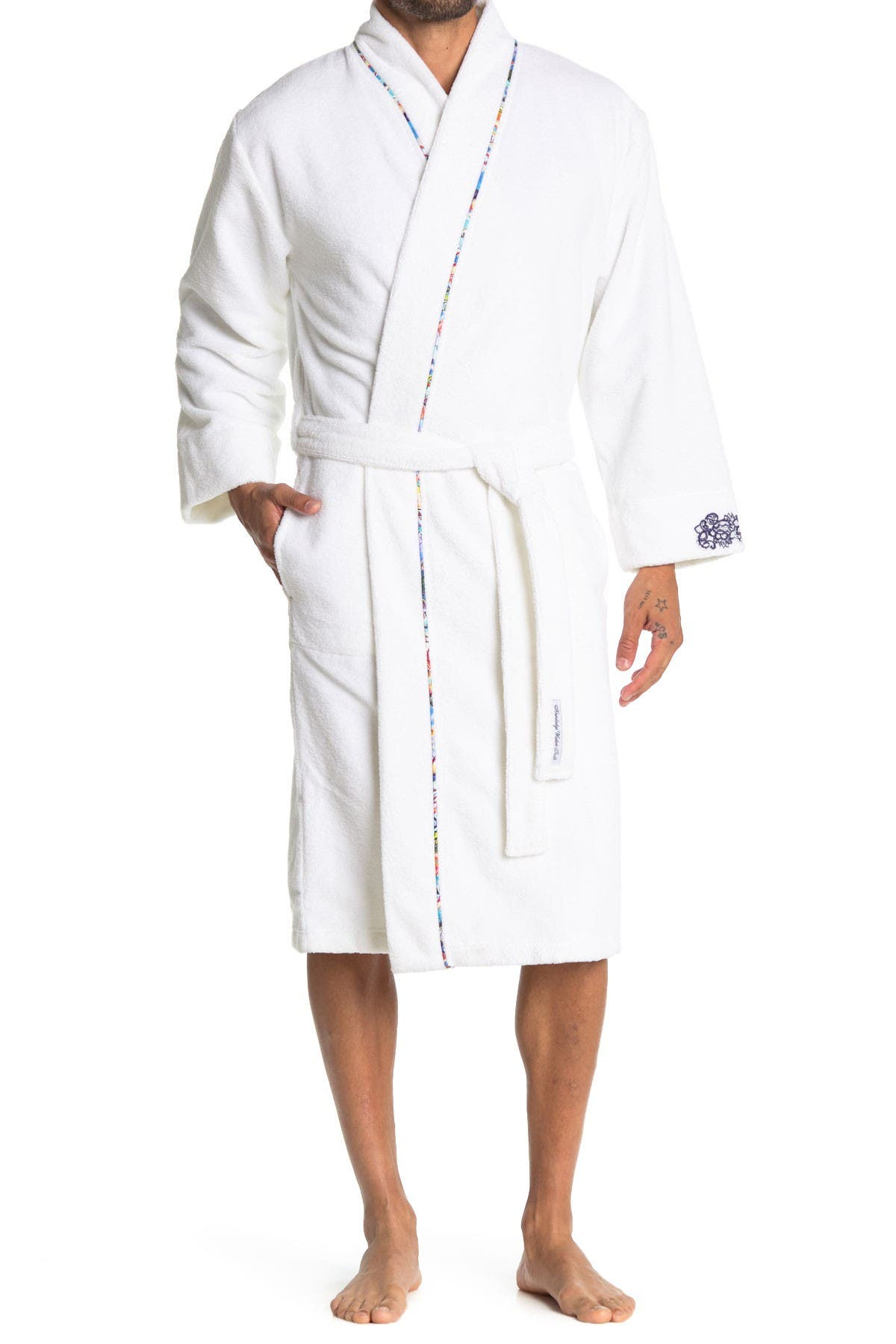 Image of Robert Graham Skull Embroidered French Terry Robe