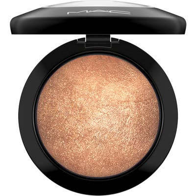 MAC Mineralize Skinfinish Powder Highlighter - Gold Deposit