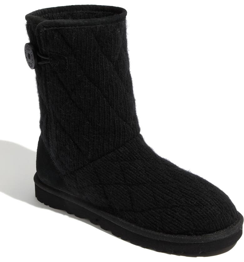 UGG<SUP>®</SUP> Australia 'Mountain' Quilted Boot, Main, color, 001