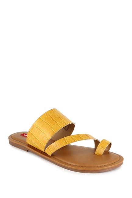 Image of Unionbay Royal Croc Embossed Sandal