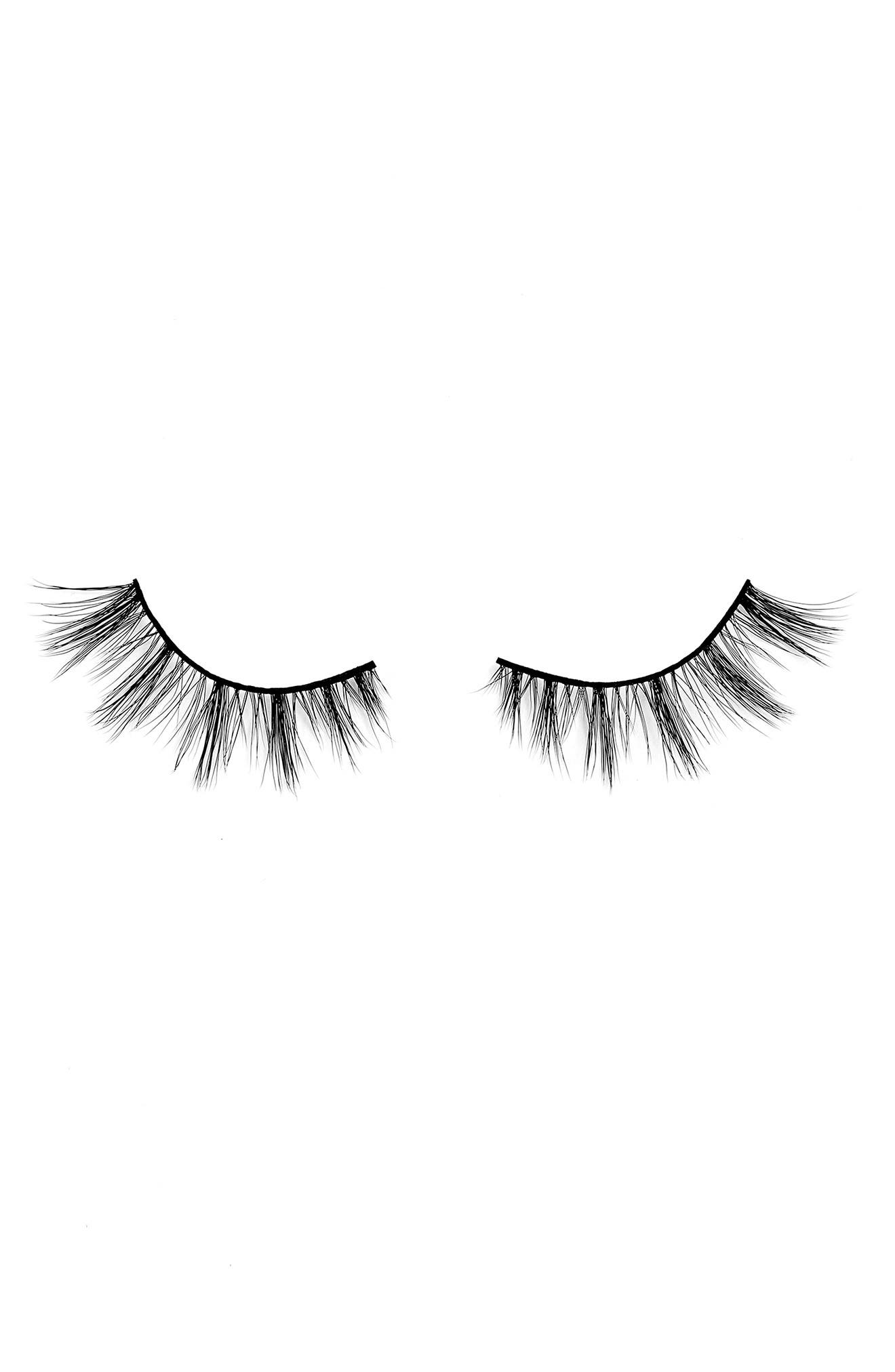BLINKING BEAUTE Daily Lashes in Wednesday at Nordstrom