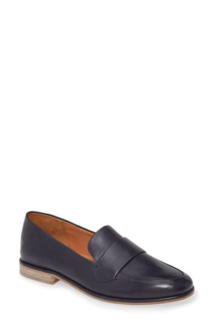 Image of SARTO BY FRANCO SARTO Harleen Leather Loafer