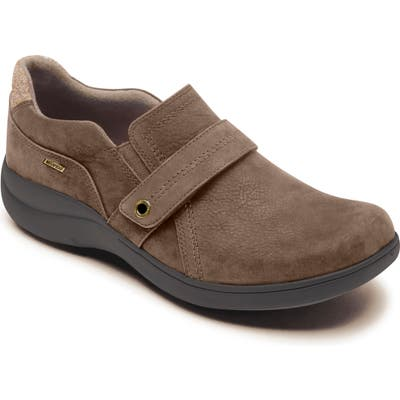 Aravon Waterproof Flat - Brown