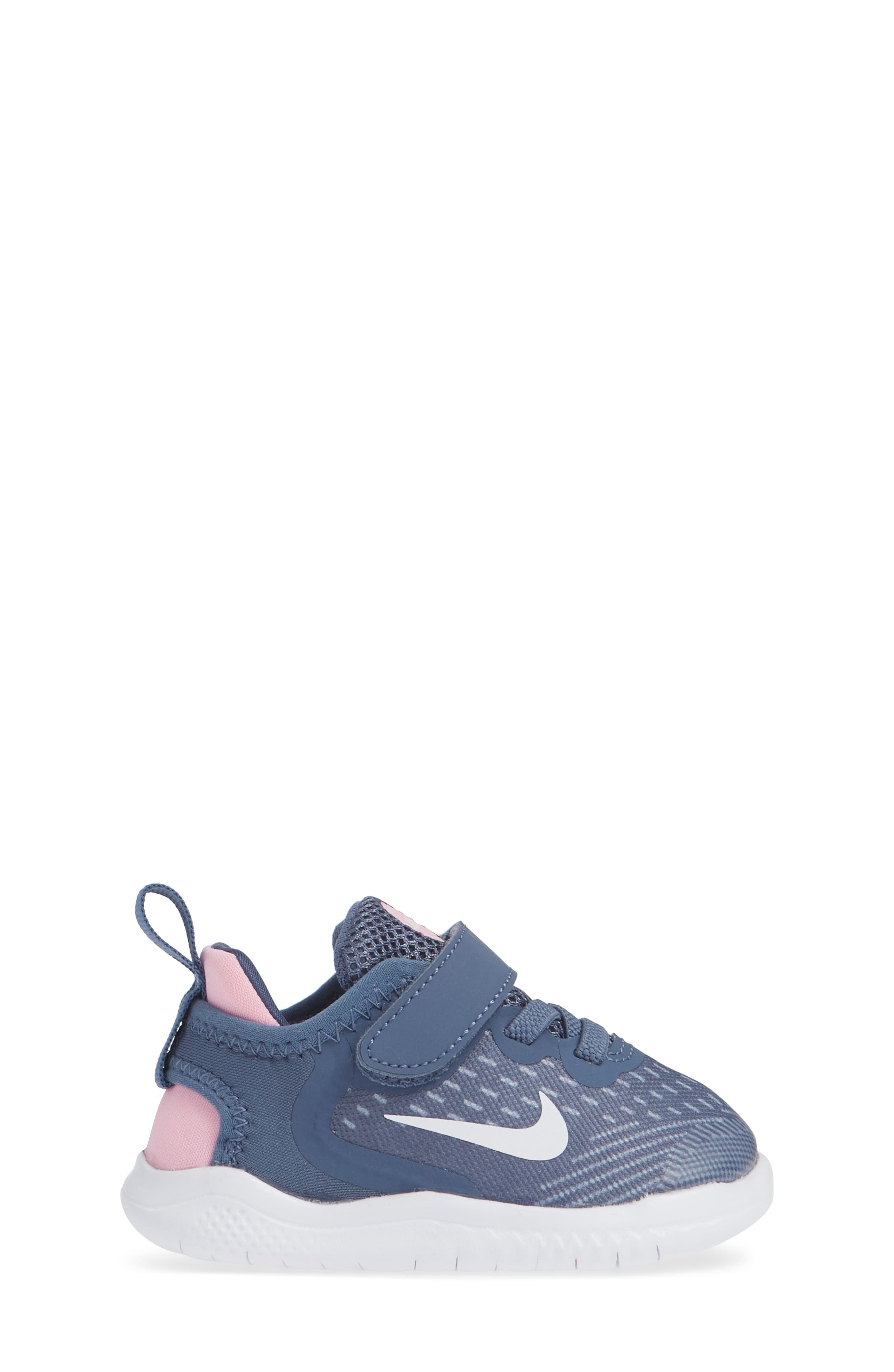 ,                             Free RN Running Shoe,                             Alternate thumbnail 101, color,                             411