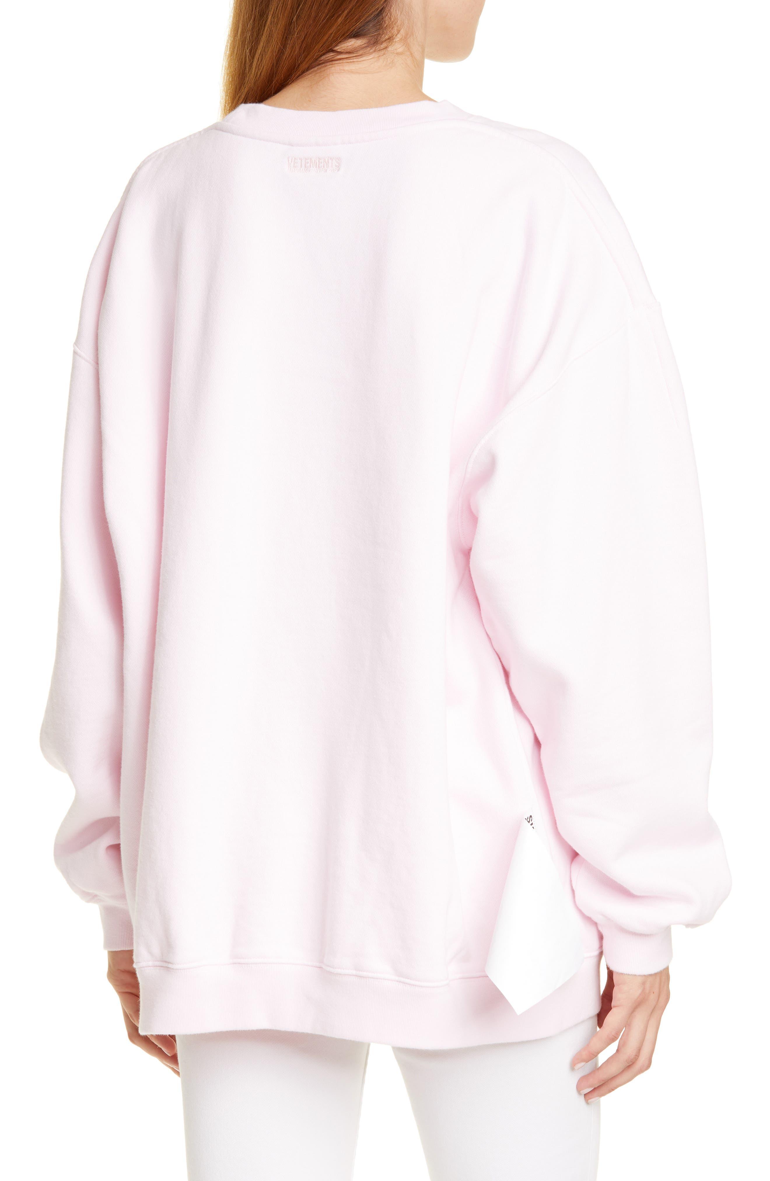 Vetements T-shirts Inverted Logo Sweatshirt