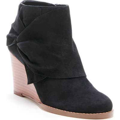 Sole Society Pegie Wedge Bootie, Black
