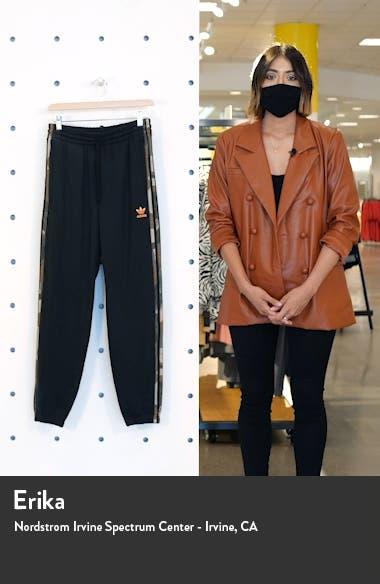 Camo 3-Stripes Sweatpants, sales video thumbnail