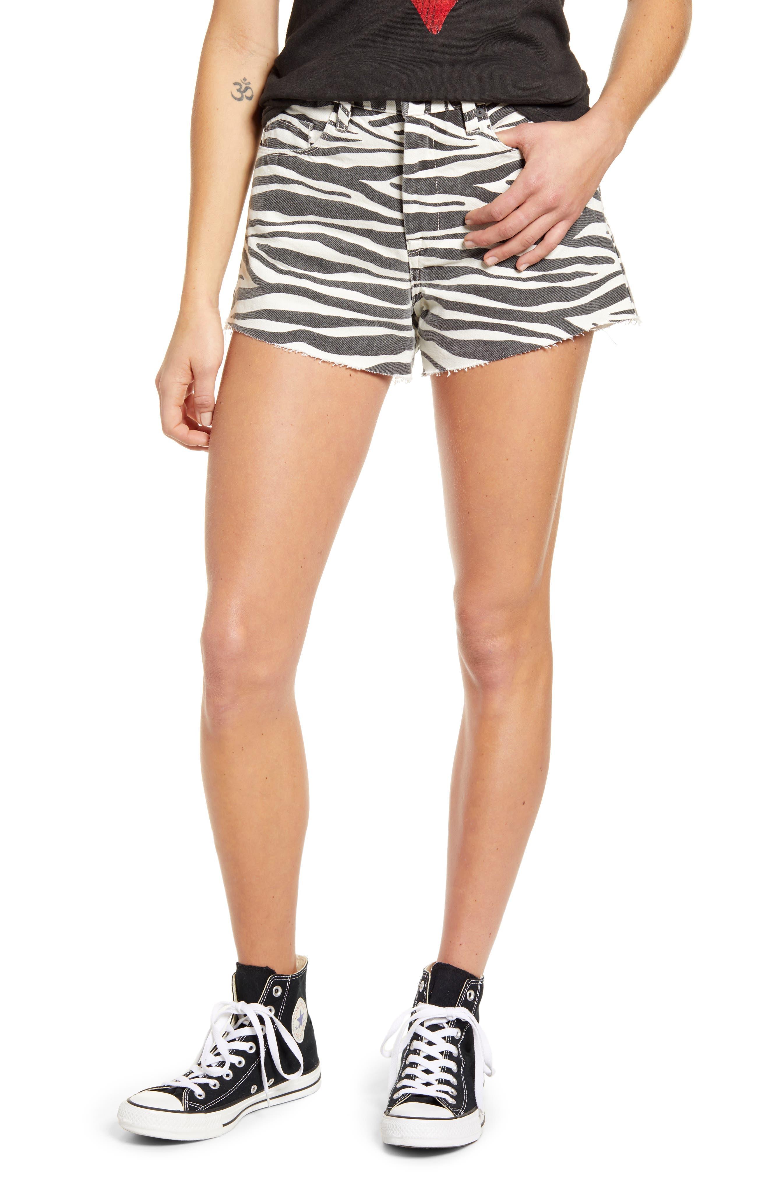Women's Blanknyc The Barrow Tiger Print High Waist Denim Shorts,  24 - Black