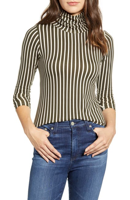 Image of Bobeau Butter Turtleneck Top