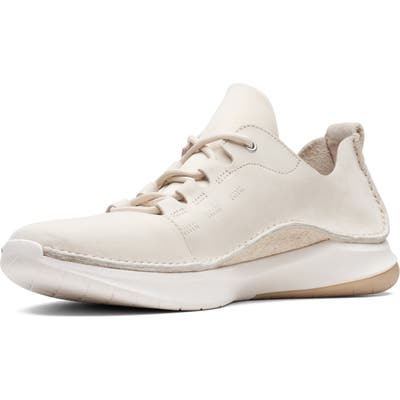 Clarks Privolution Lo Sneaker- White