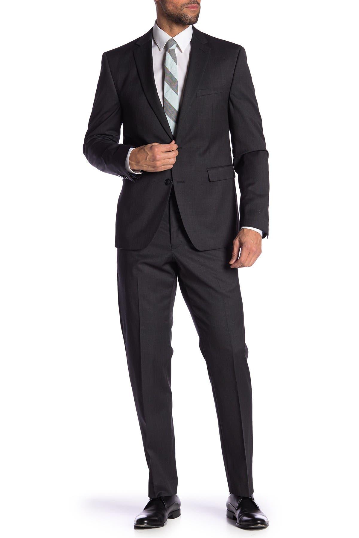 Vince Camuto Mens Slim Fit Peak Lapel Charcoal Tuxedo
