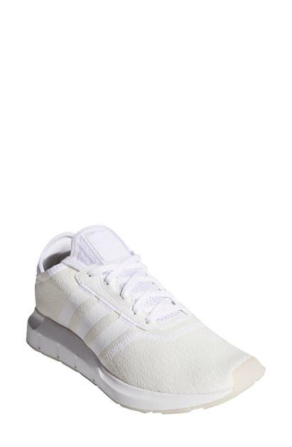 Adidas Originals Activewears SWIFT RUN X SNEAKER