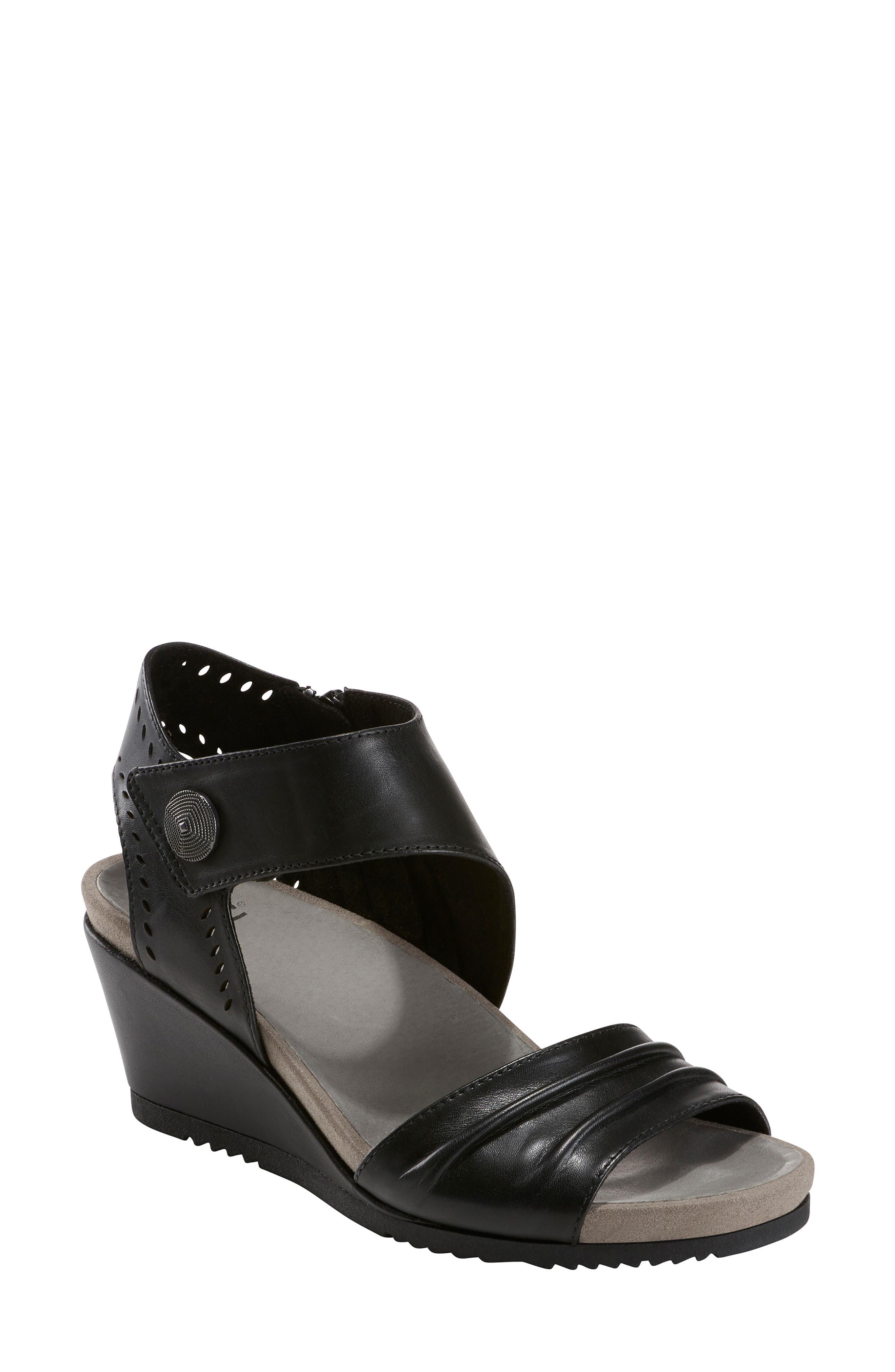 73635e1085571 Earth Barbados Wedge Sandal- Black