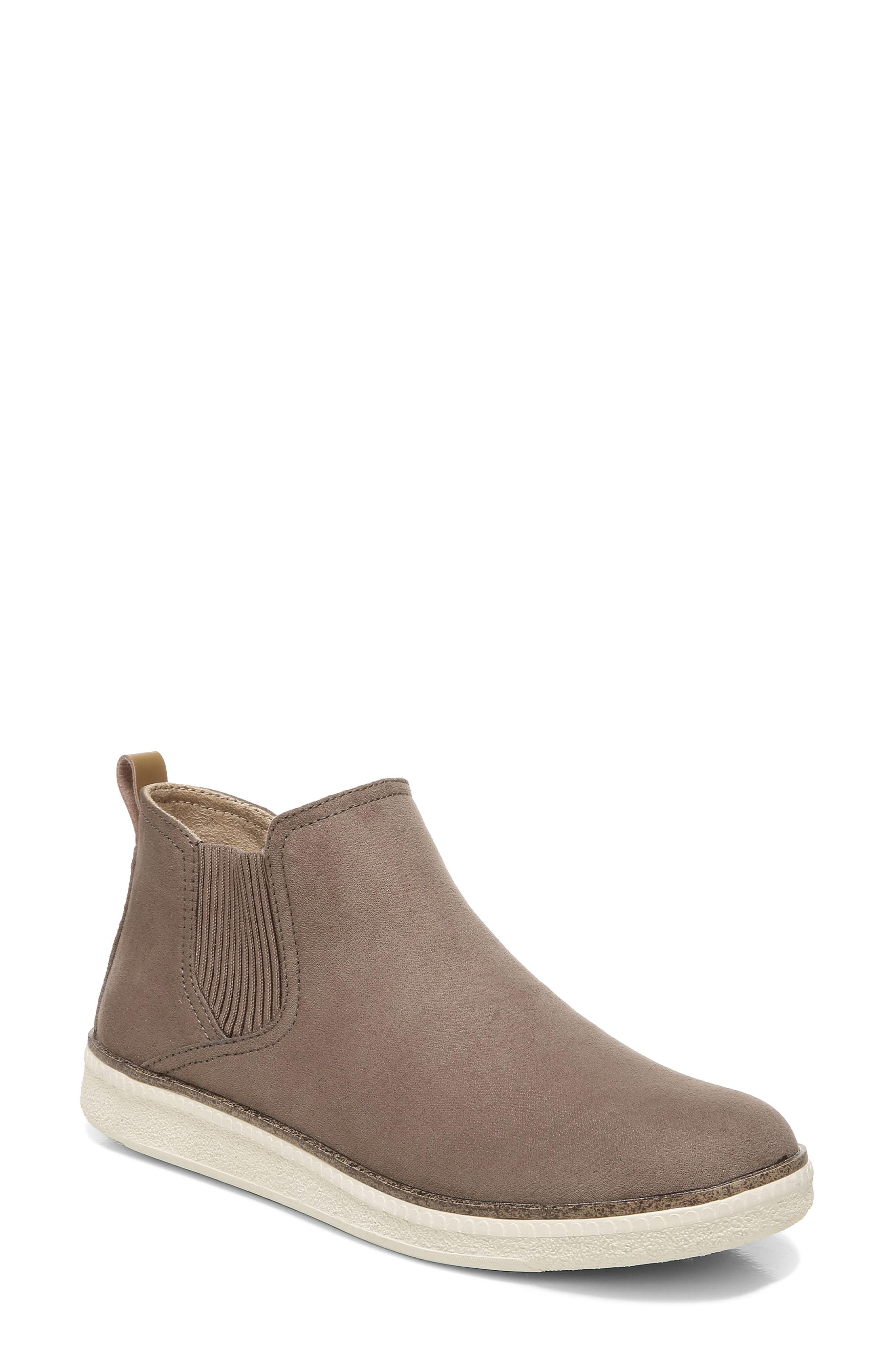 See Me Chelsea Boot