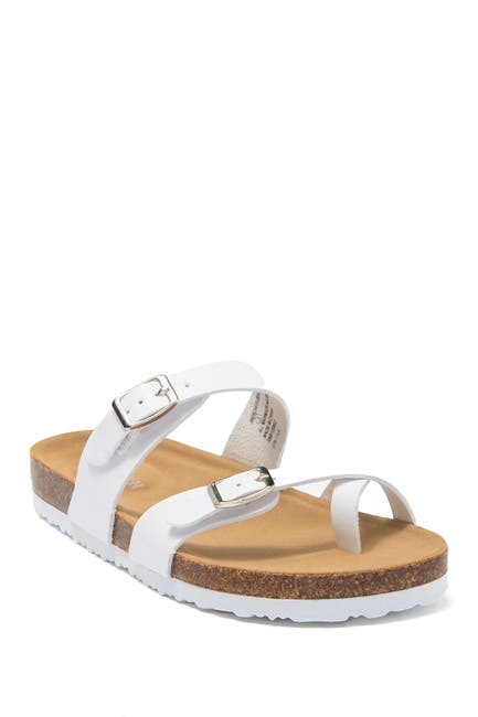 Image of Steve Madden Beached Strappy Buckle Sandal