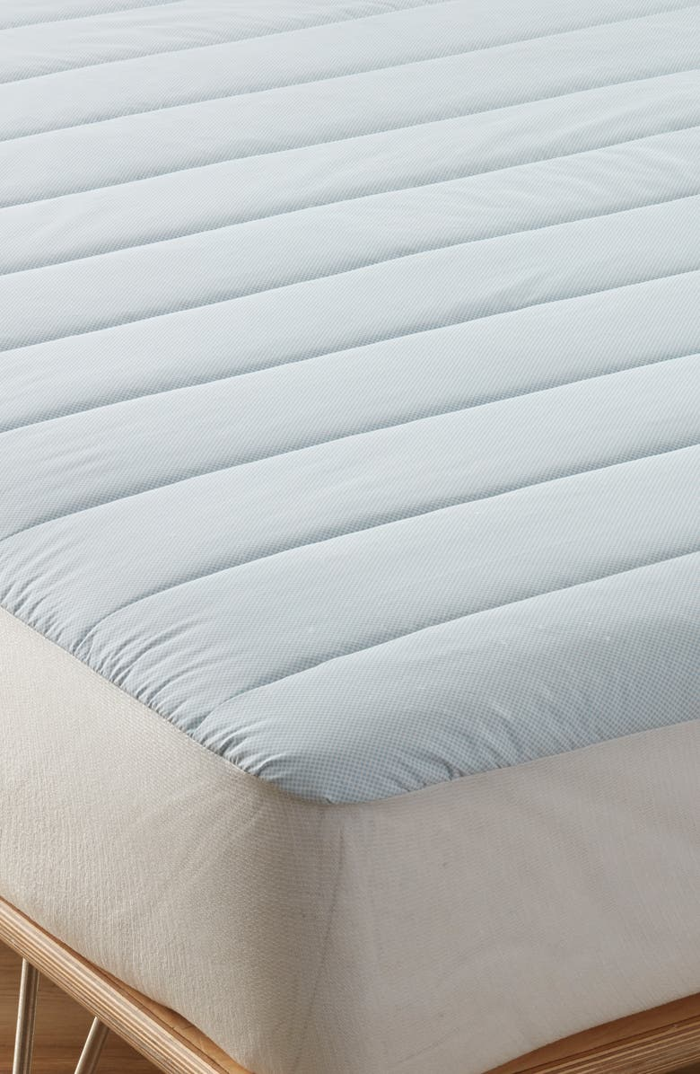 NORDSTROM AT HOME Cooling Down Alternative Mattress Pad, Main, color, WHITE