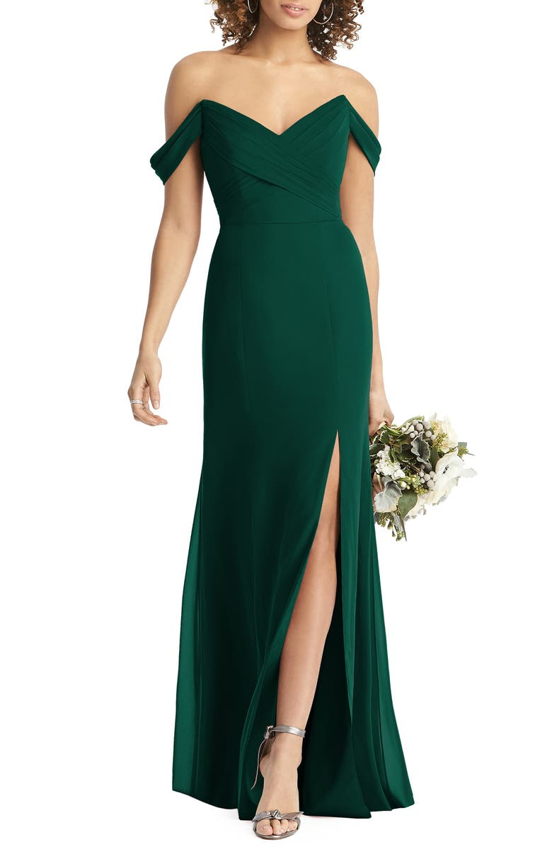 SOCIAL BRIDESMAIDS Strapless V-Neck Chiffon Trumpet Gown, Main, color, HUNTER