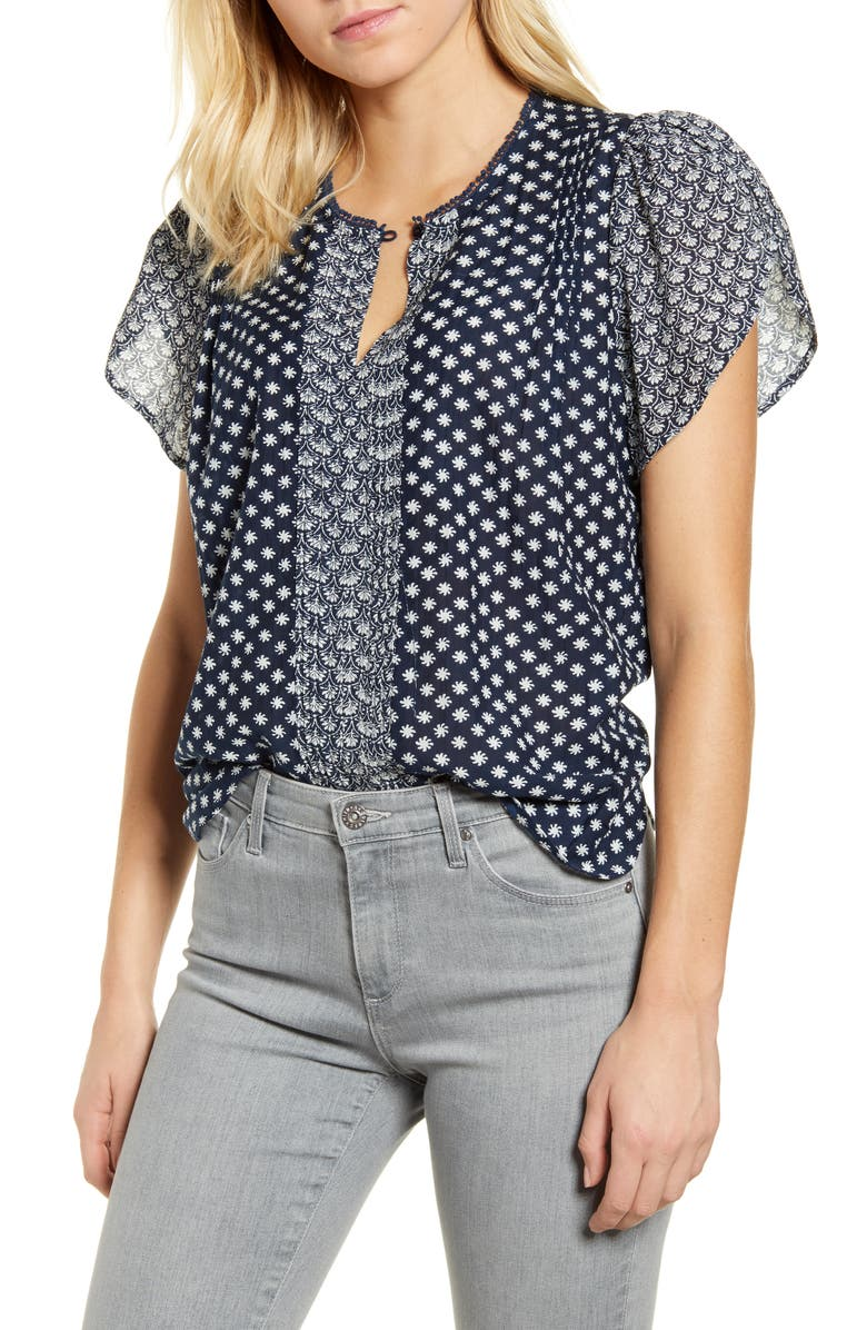 LUCKY BRAND Tulip Sleeve Cotton Blend Blouse, Main, color, 400