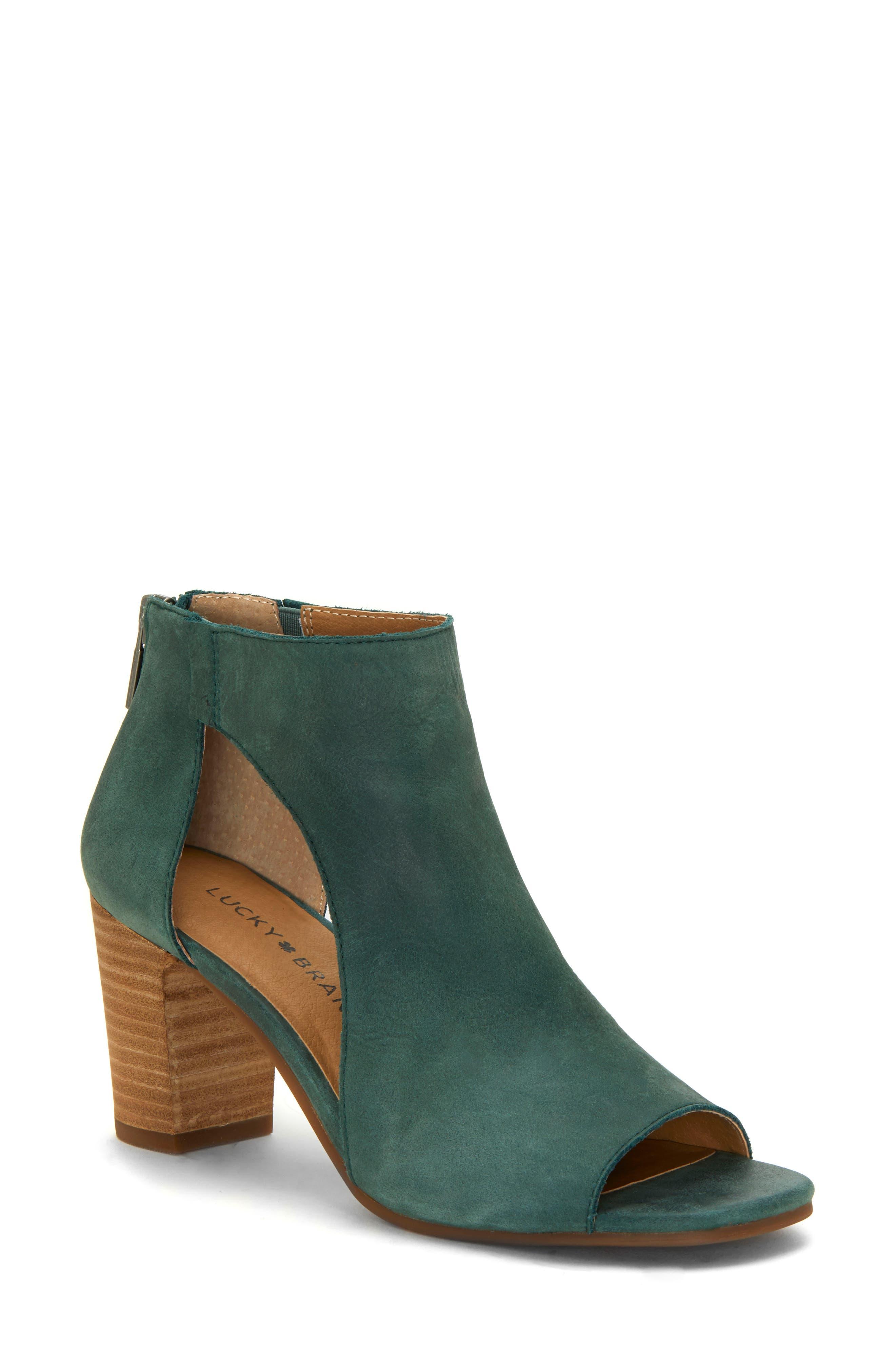 Lucky Brand Udine Shield Sandal, Green