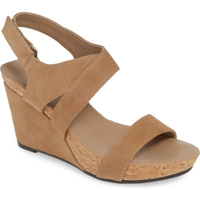 Bettye Muller Concepts Trent Slingback Wedge, Beige