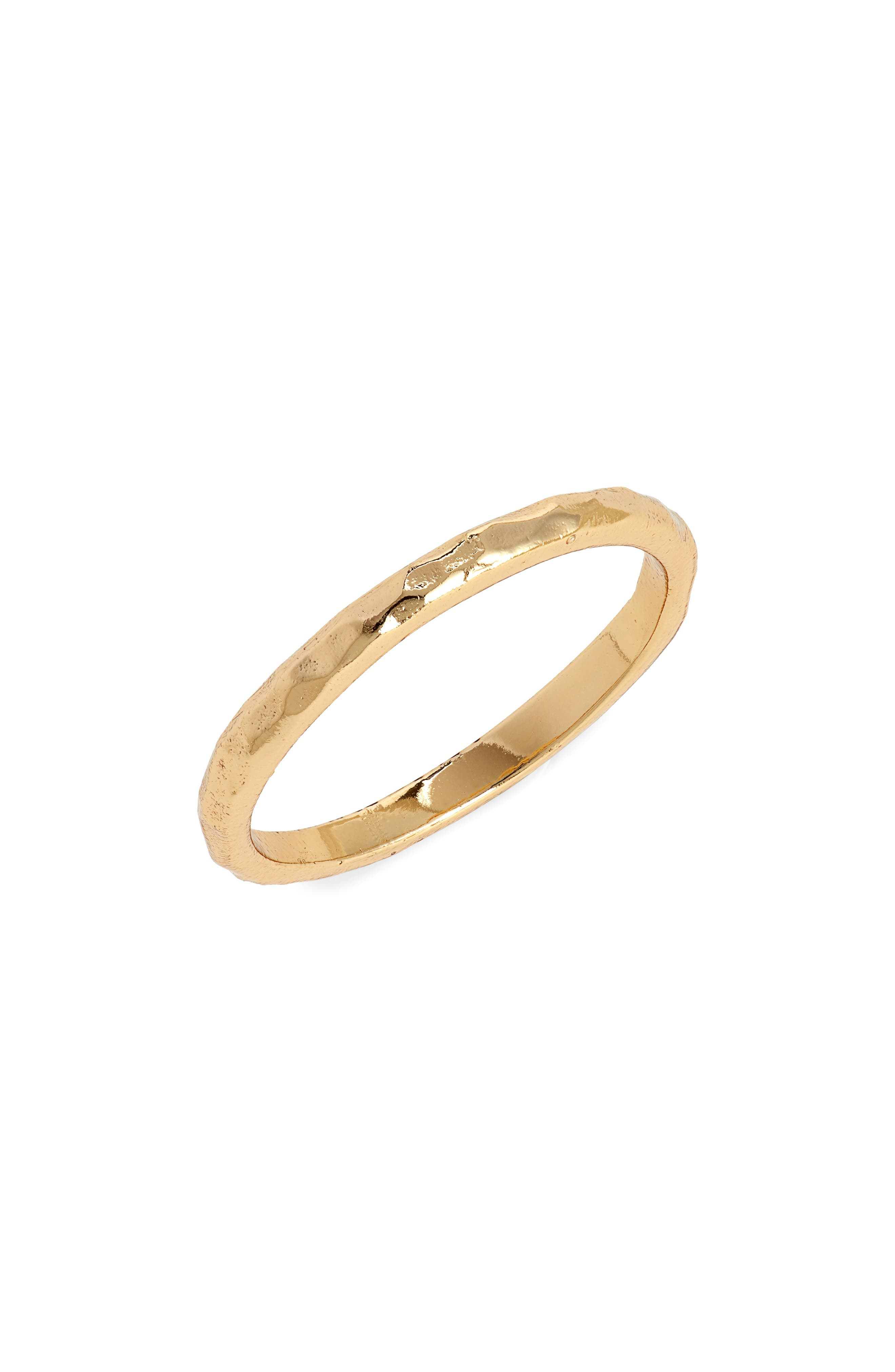 Classic Hammered Band Ring