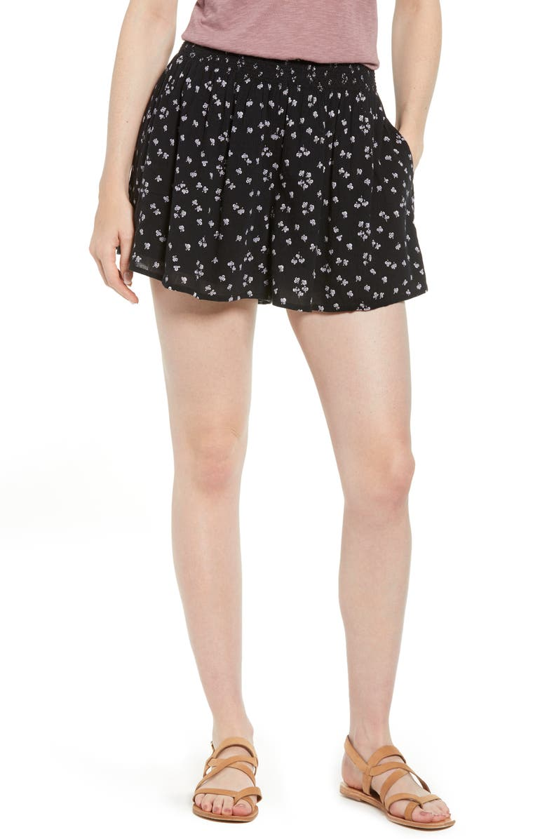 CASLON<SUP>®</SUP> Pull-On Printed Shorts, Main, color, BLACK PURPLE CLOVER PRINT