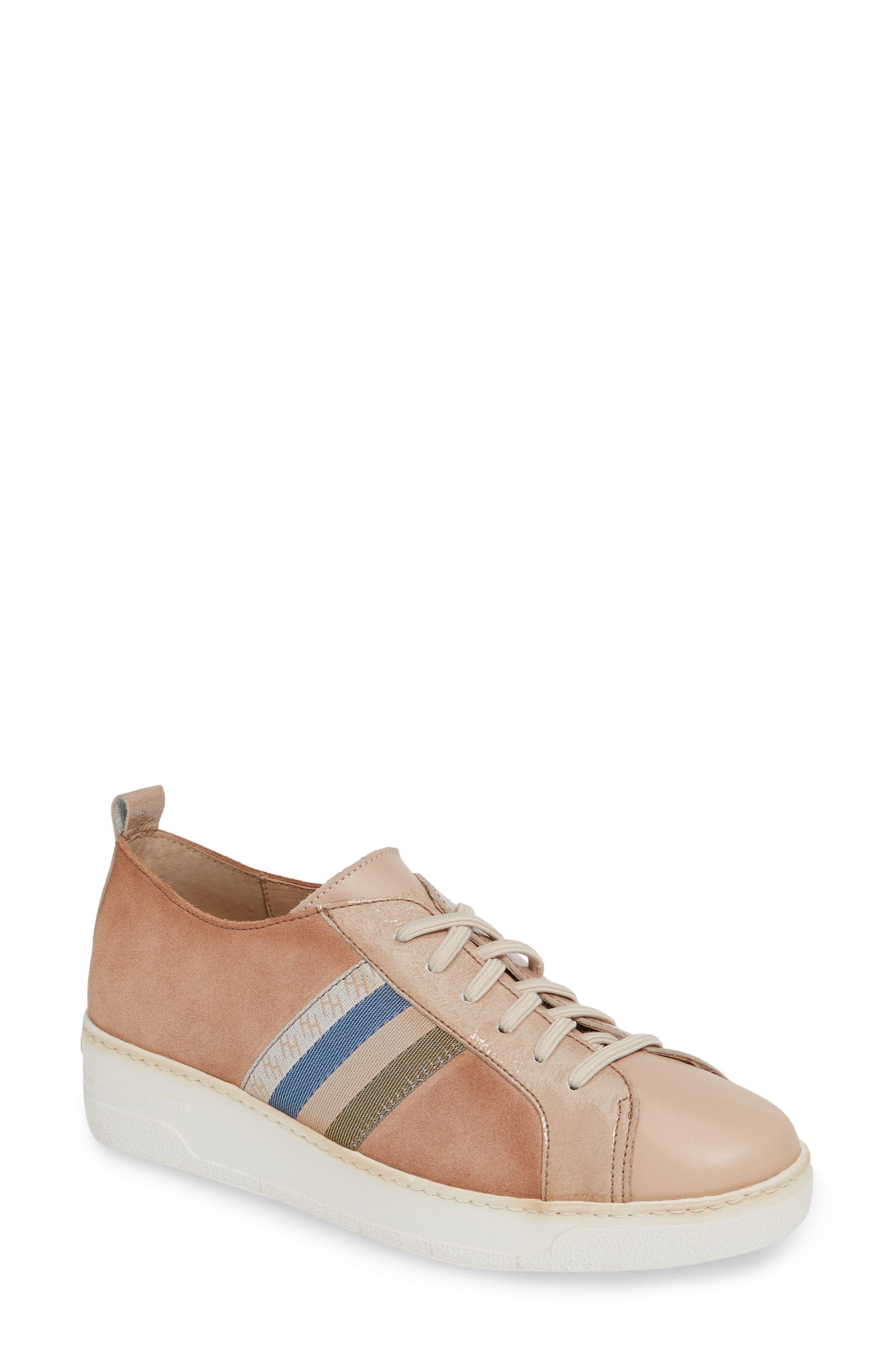 Hispanitas Kailua Platform Sneaker - Brown