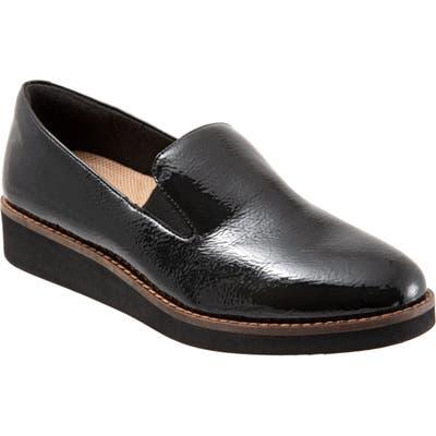 Softwalk Whistle Slip-On, Black