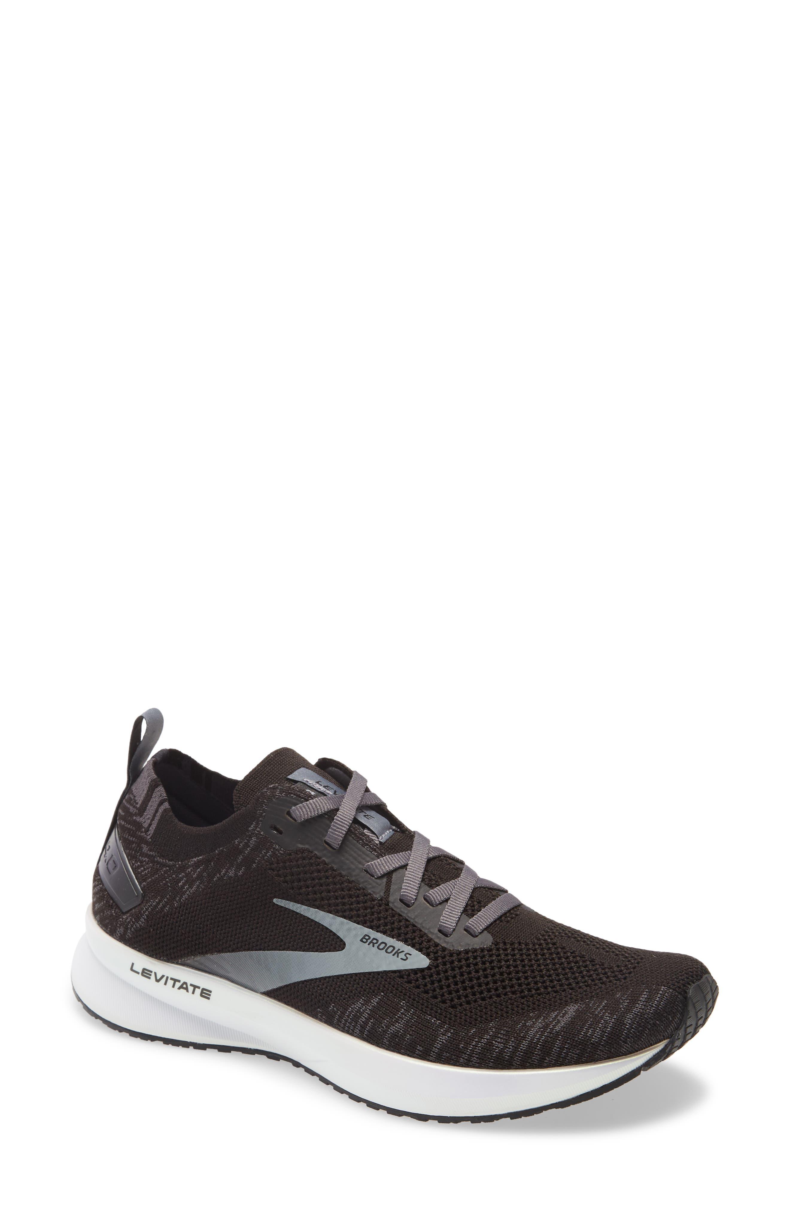 Levitate 4 Running Shoe