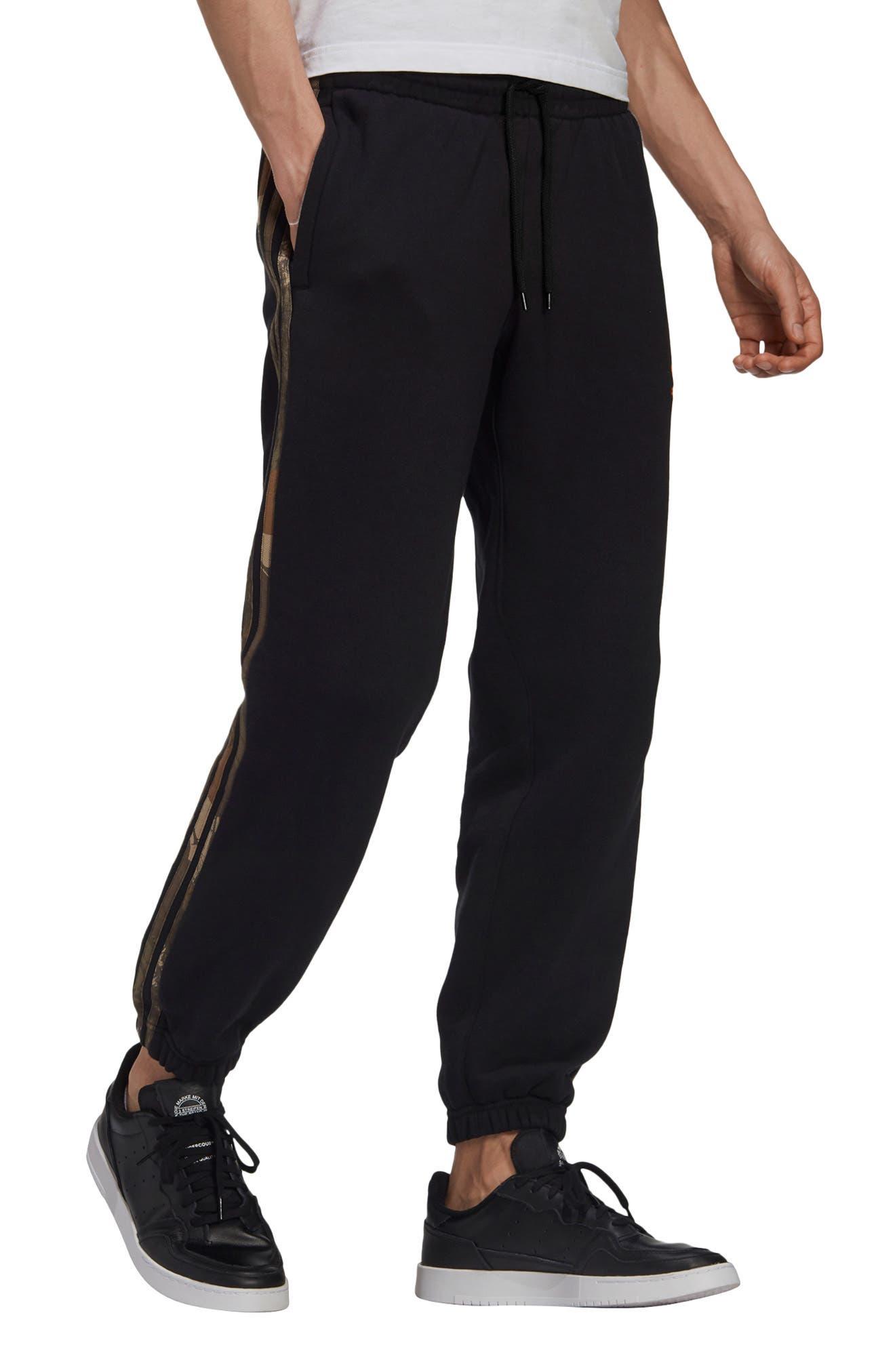 Men's Adidas Originals Camo 3-Stripes Sweatpants
