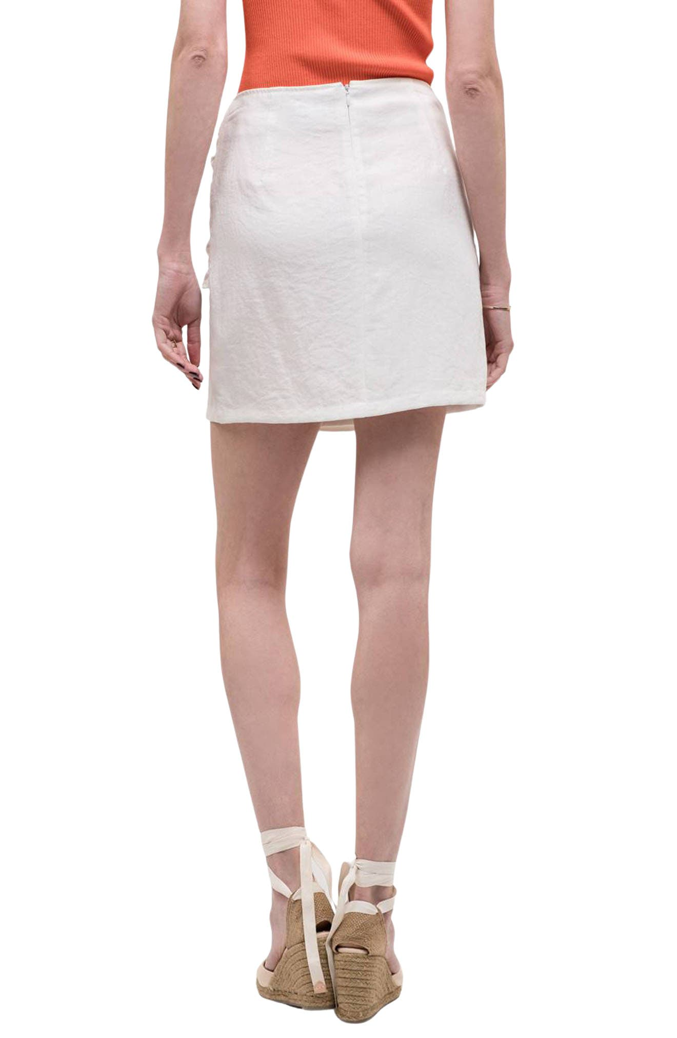 J.o.a. Double Breasted Front Tie Skirt In Off White