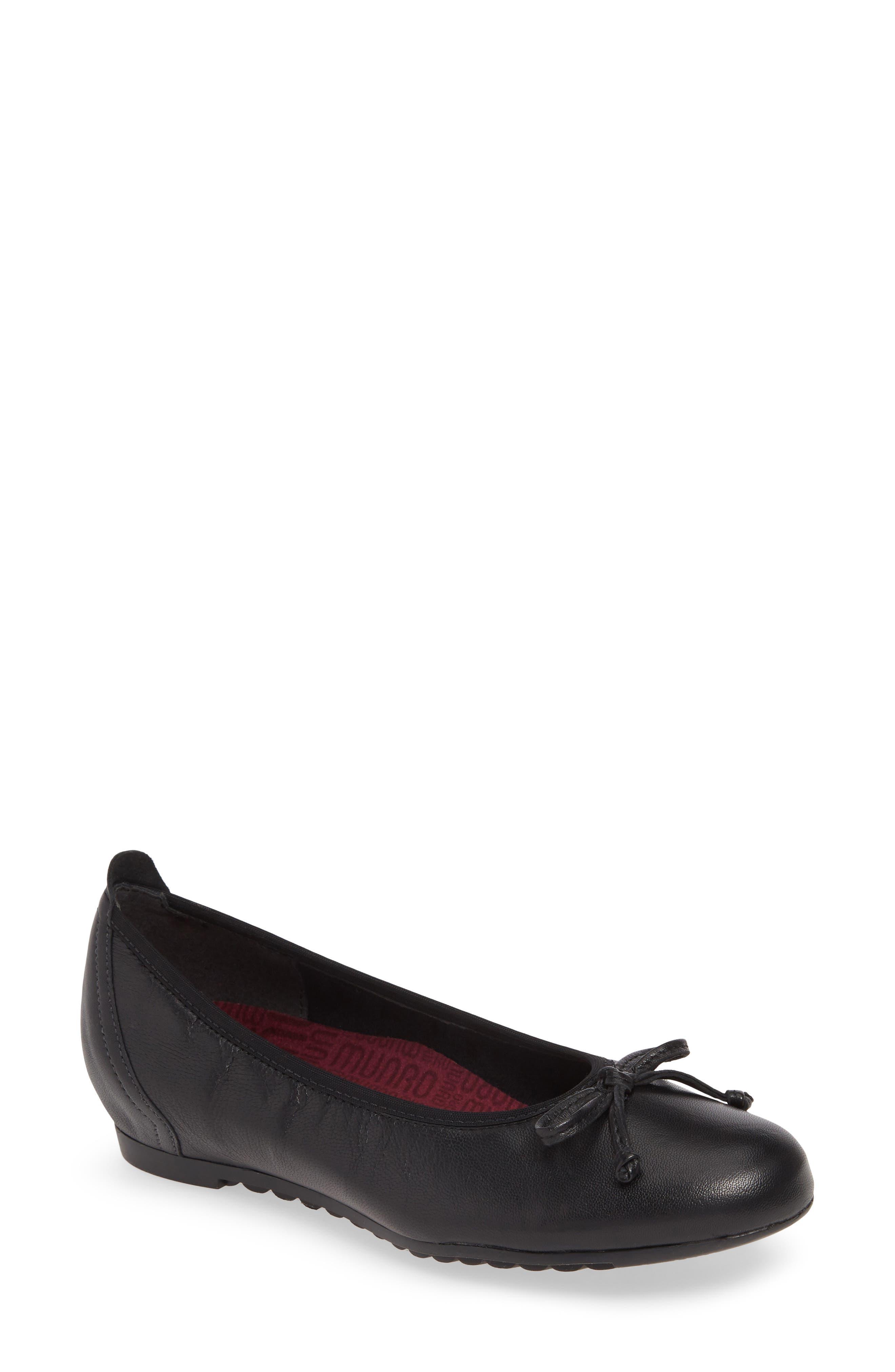 Munro Quinn Ballet Flat, Black