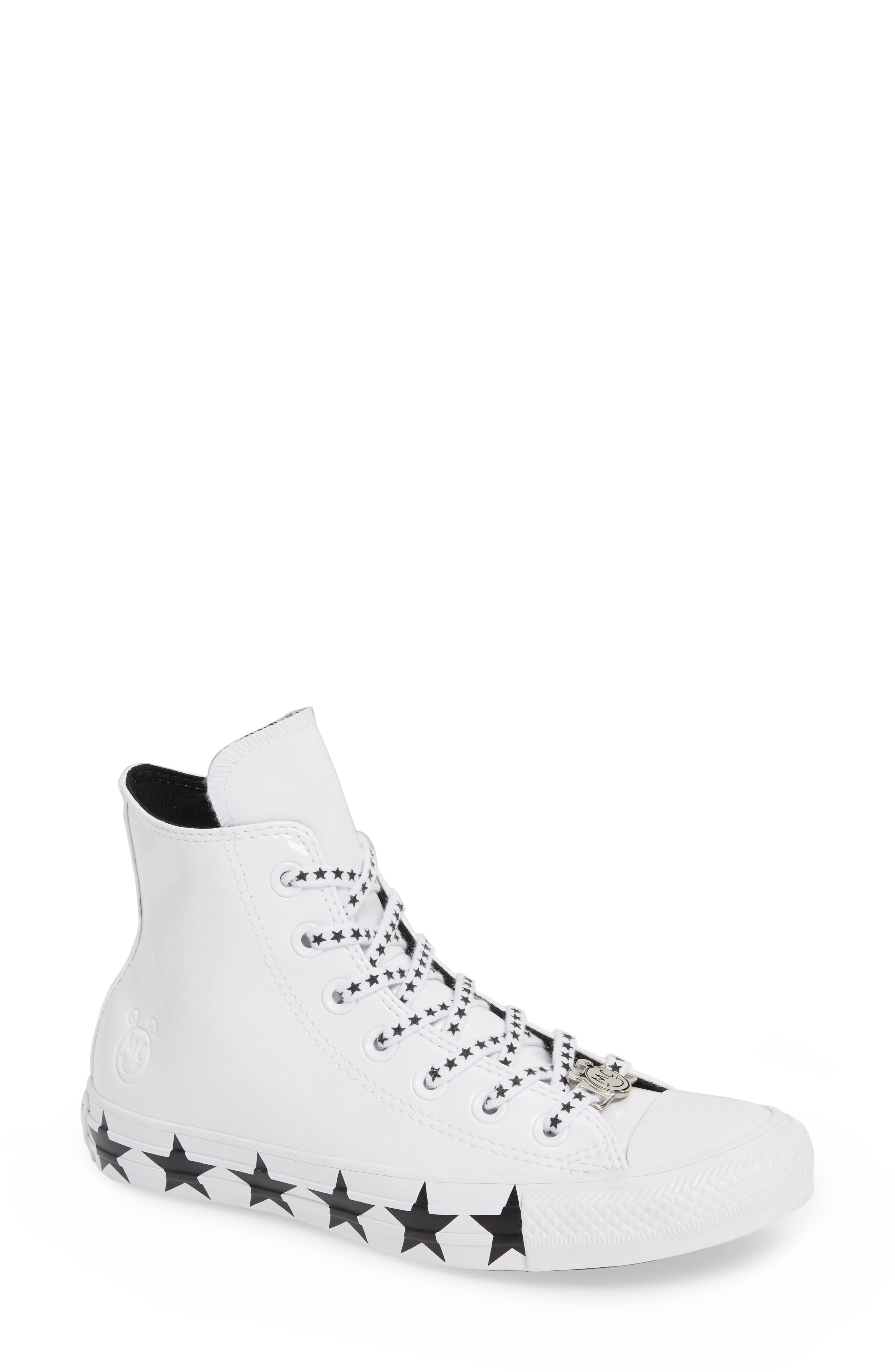 women's converse x miley cyrus chuck taylor all-star hi-top sneaker, size 5 m - white