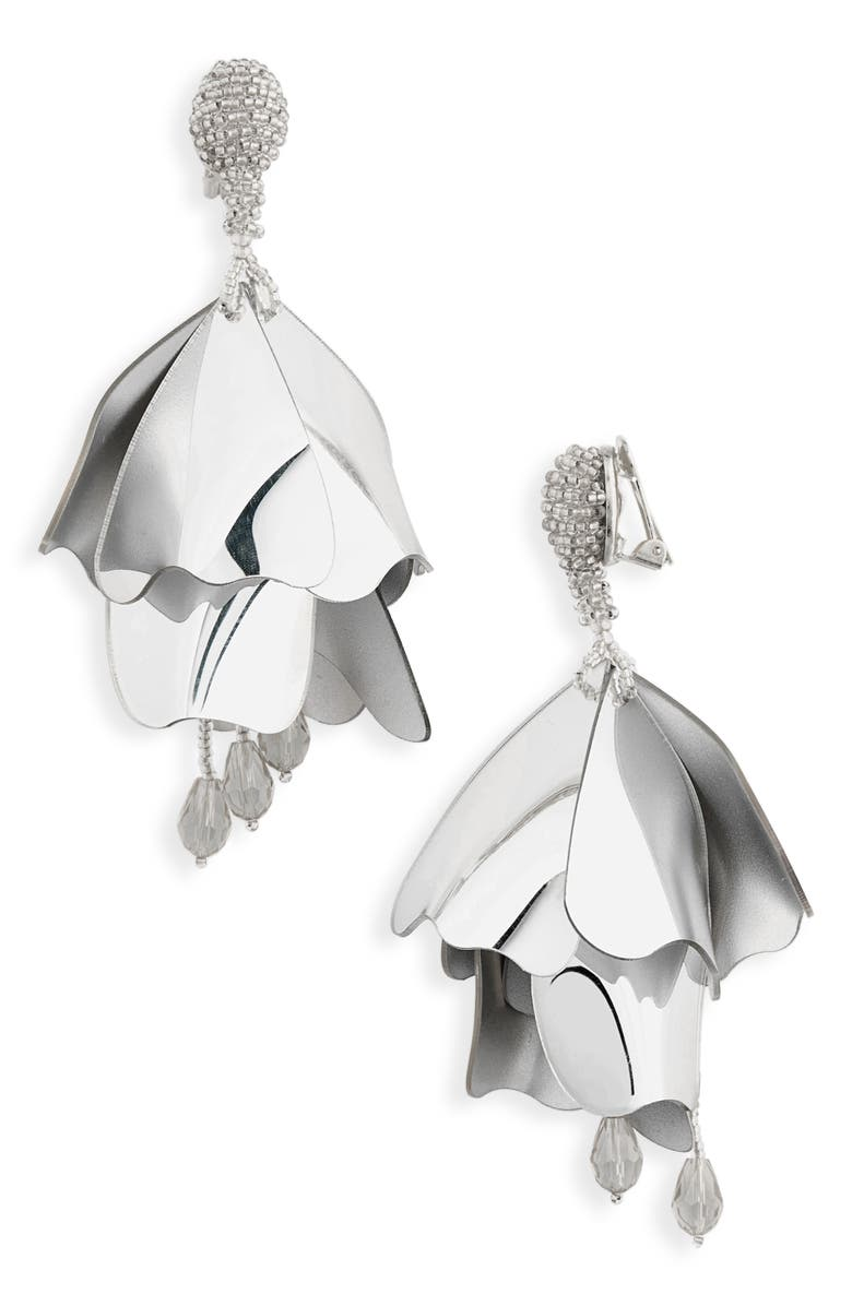 OSCAR DE LA RENTA Large Impatiens Flower Clip Earrings, Main, color, SILVER